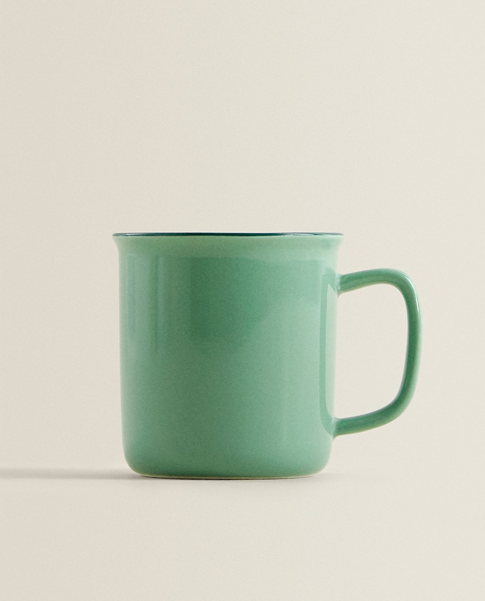 LARGE PORCELAIN MUG