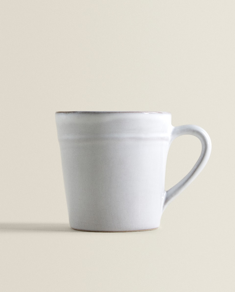 RAW-SHAPED MUG