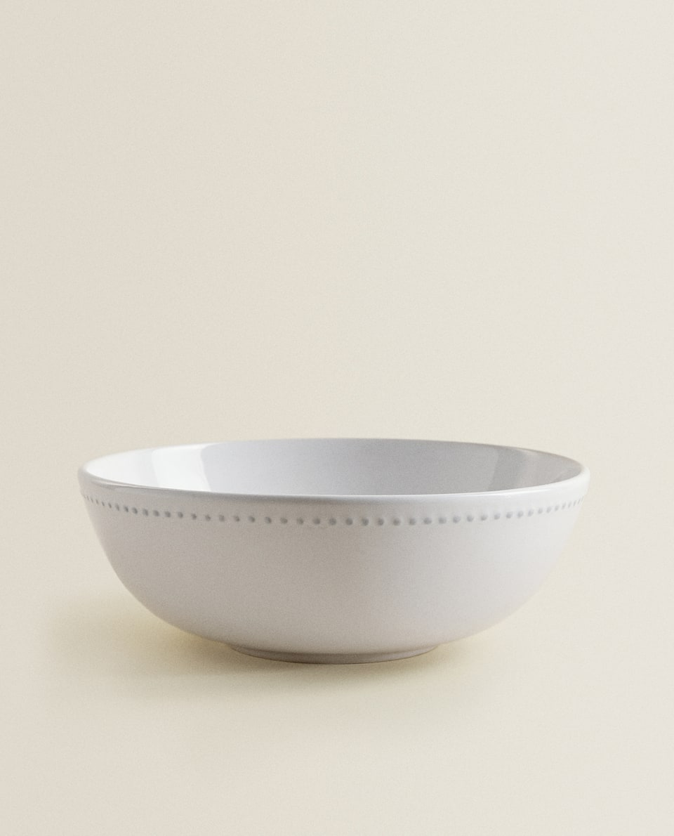 EARTHENWARE SALAD BOWL WITH RAISED-DESIGN EDGE
