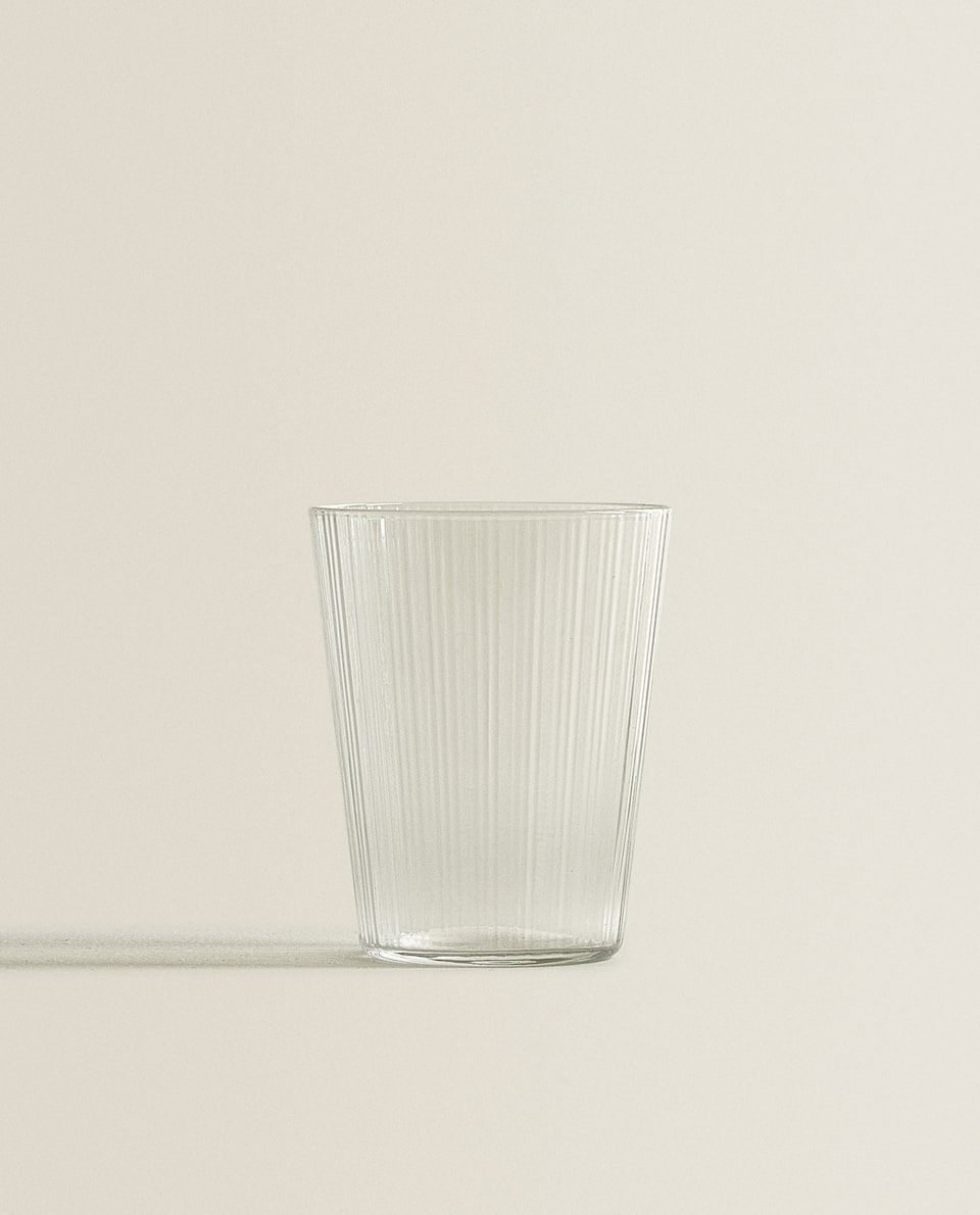 CONICAL GLASS TUMBLER