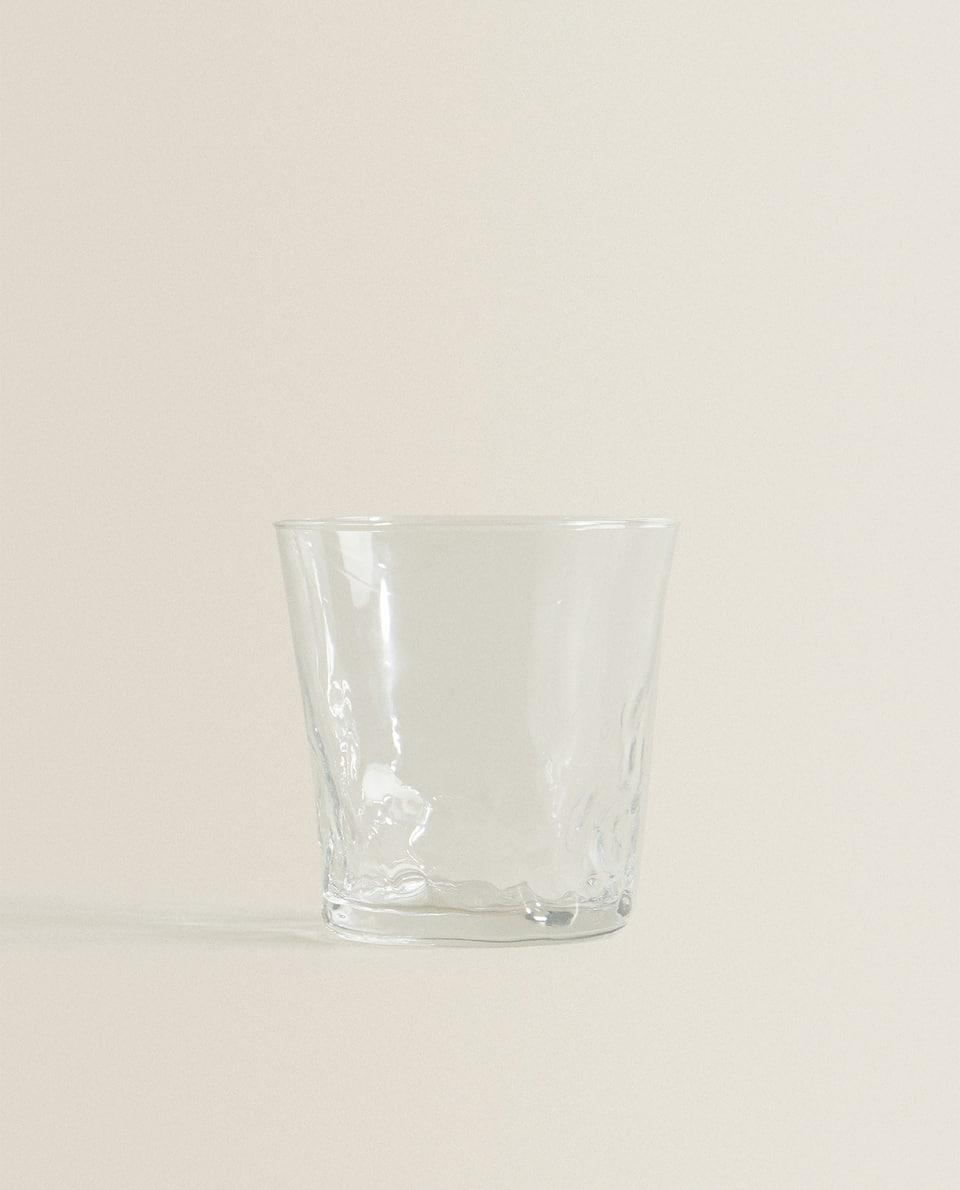 NATURALLY SHAPED GLASS TUMBLER