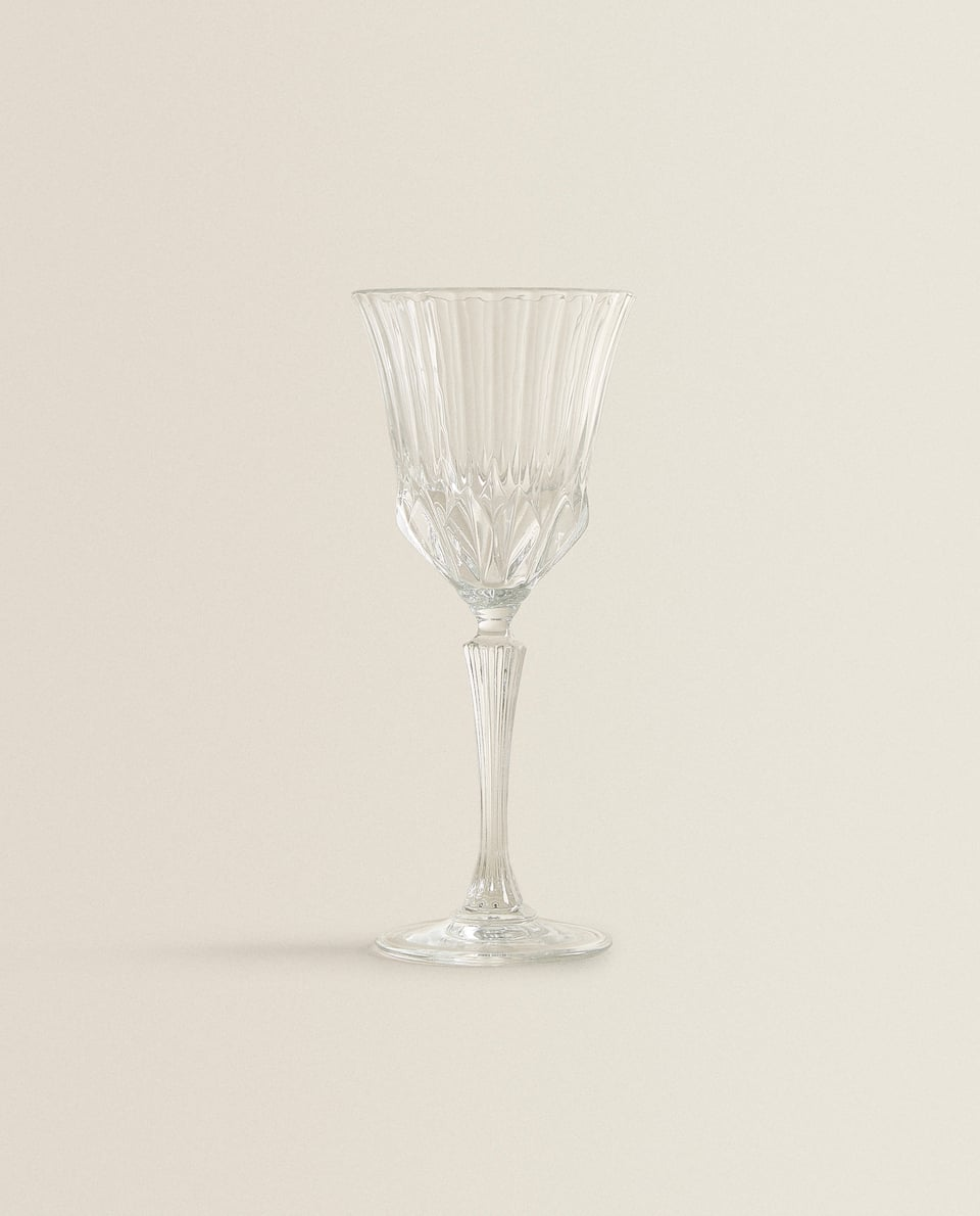 CUT CRYSTALLINE WATER GLASS