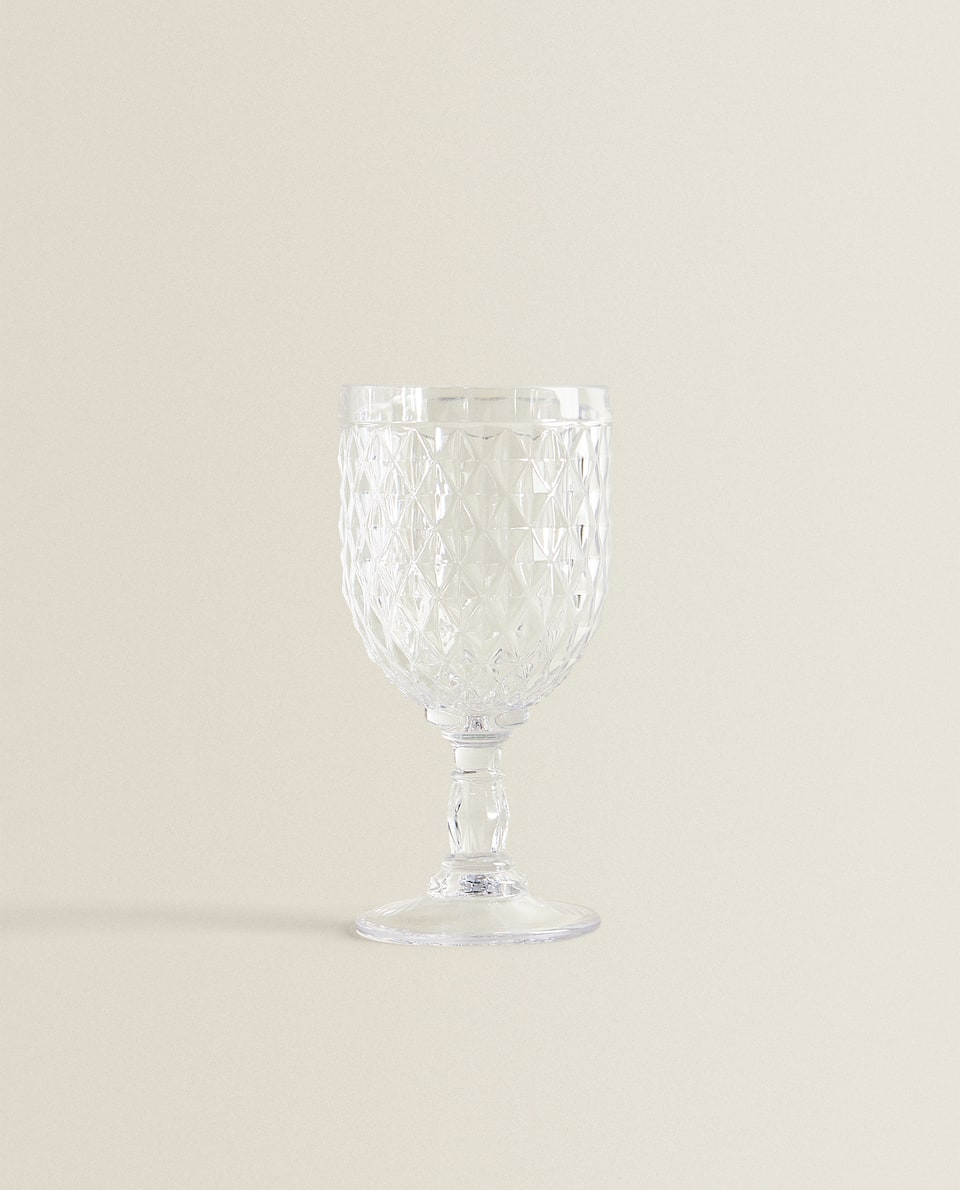 DIAMOND DESIGN WINE GLASS