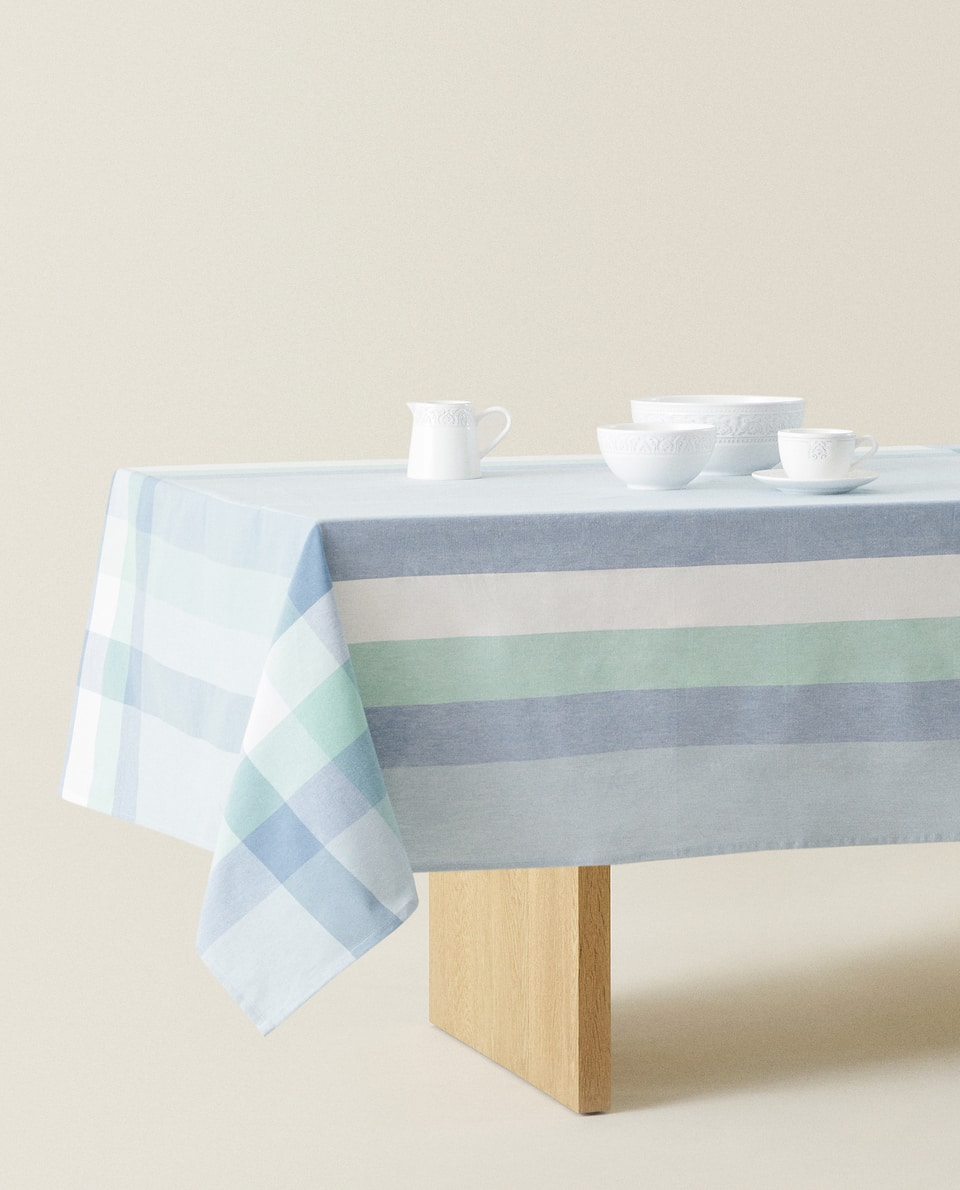 GEOMETRIC COTTON TABLECLOTH