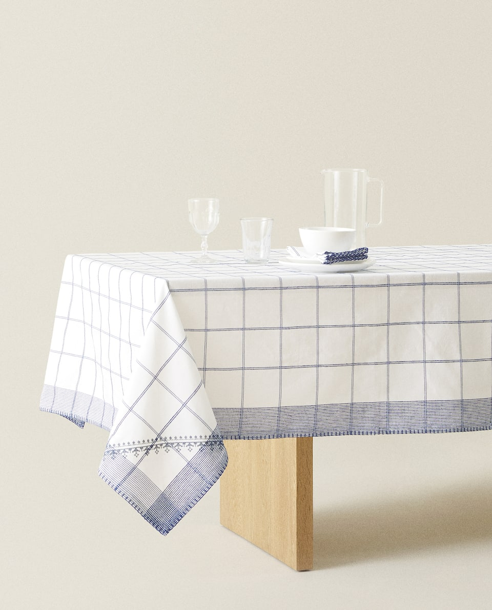 CHECKED COTTON TABLECLOTH