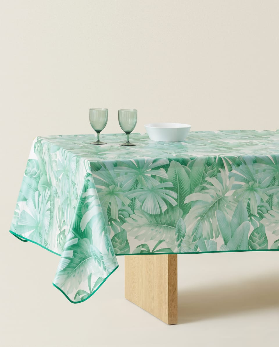 LEAF PRINT LAMINATED TABLECLOTH