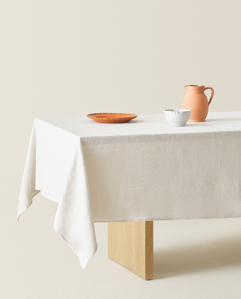 WASHED LINEN TABLECLOTH