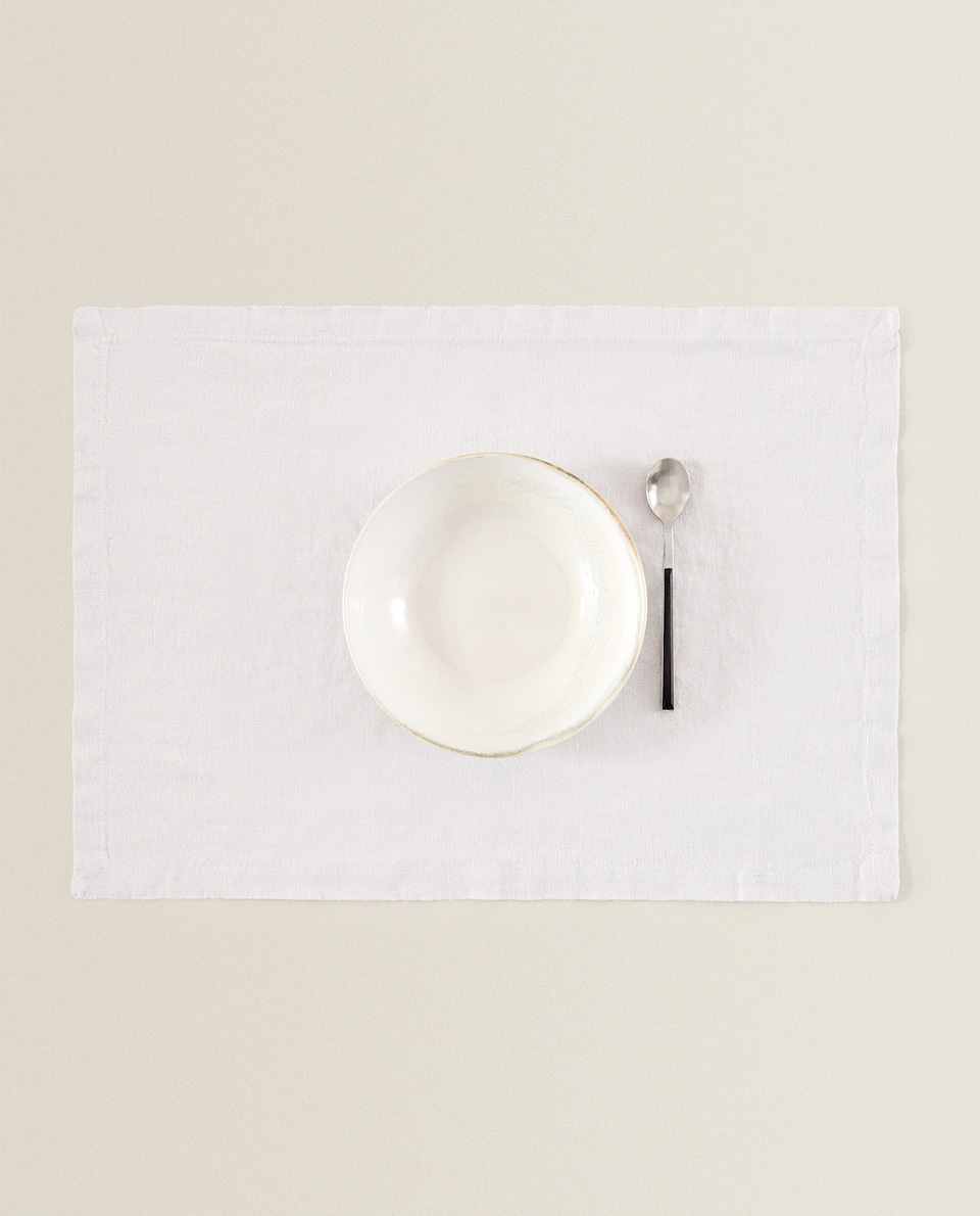 WASHED LINEN PLACEMAT