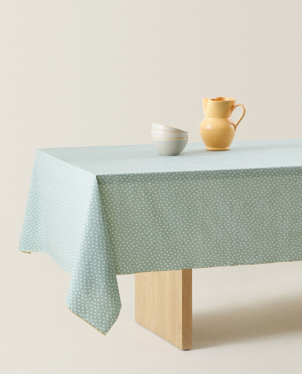 WASHED COTTON TABLECLOTH WITH A MINI LEAF PRINT