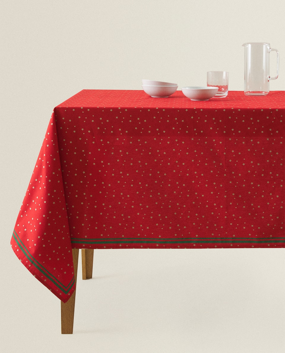 RED TABLECLOTH WITH STARS