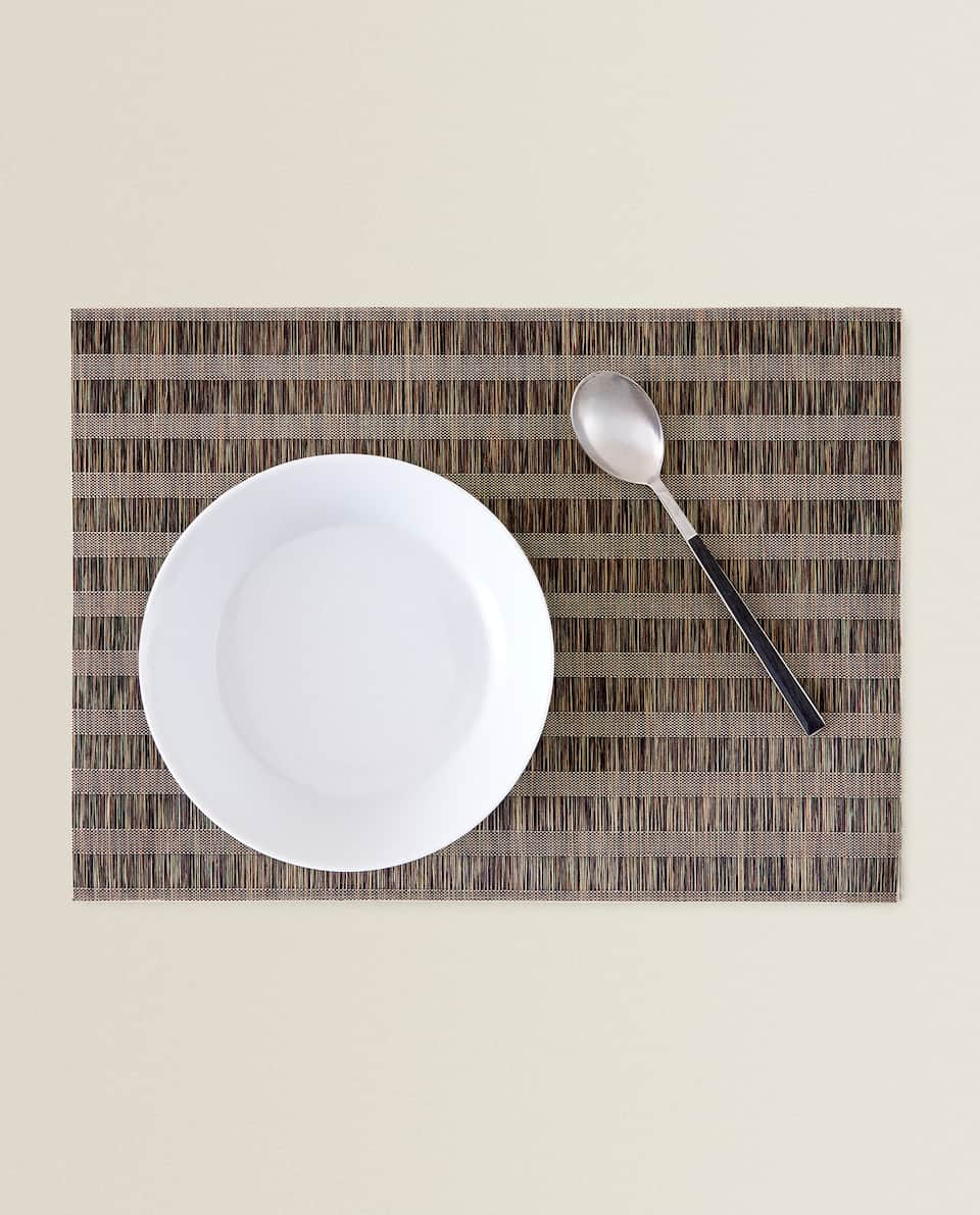 BRAIDED STRIPED PLACEMAT