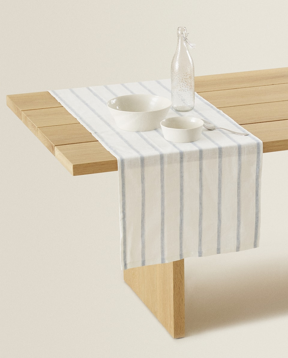 STRIPED LINEN TABLE RUNNER