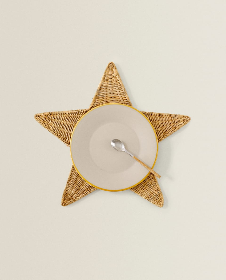 STAR-SHAPED FIBRE PLACEMAT