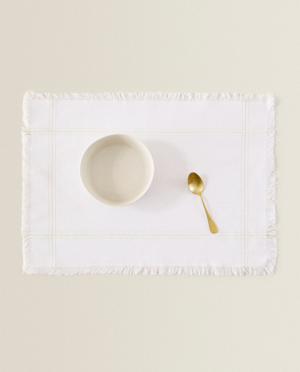 GOLDEN DETAIL COTTON PLACEMAT (PACK OF 2)