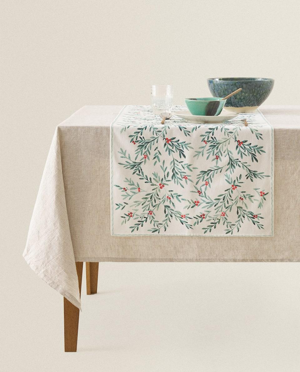 غطاء طاولة ضيق من القطن لعيد الميلاد
