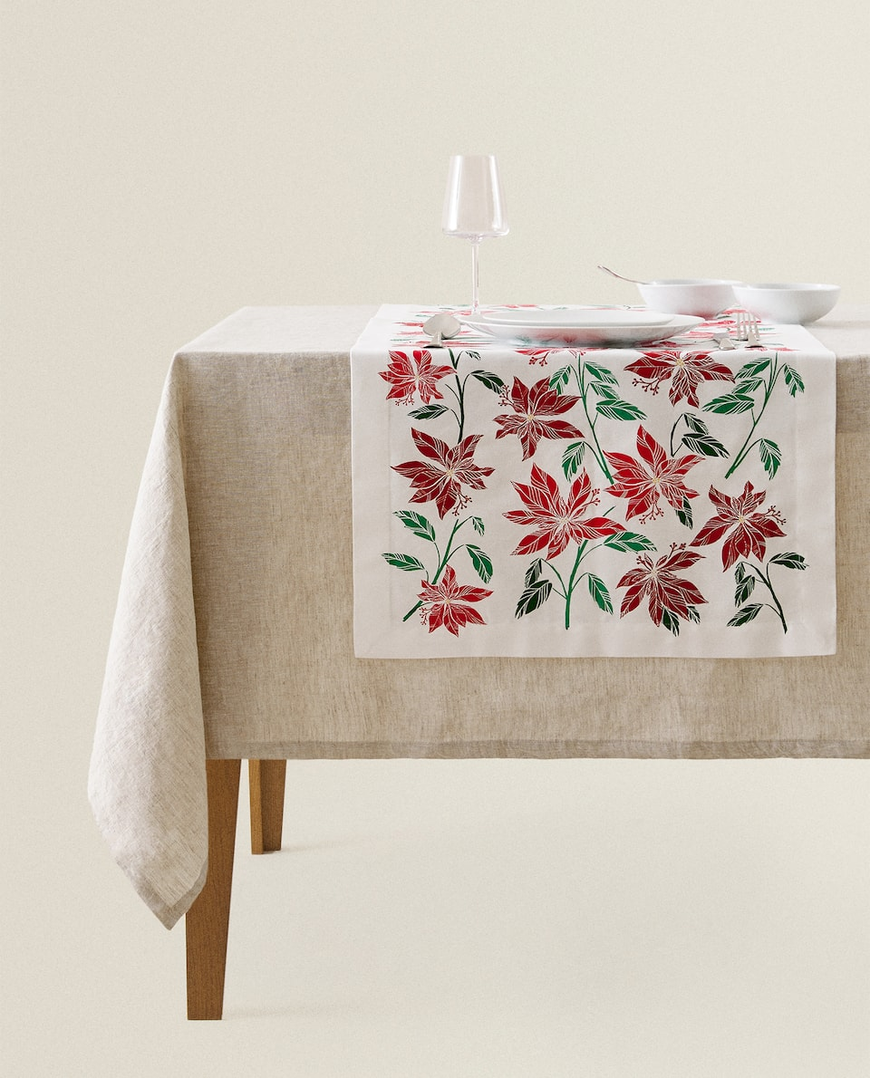 POINSETTIA COTTON TABLE RUNNER