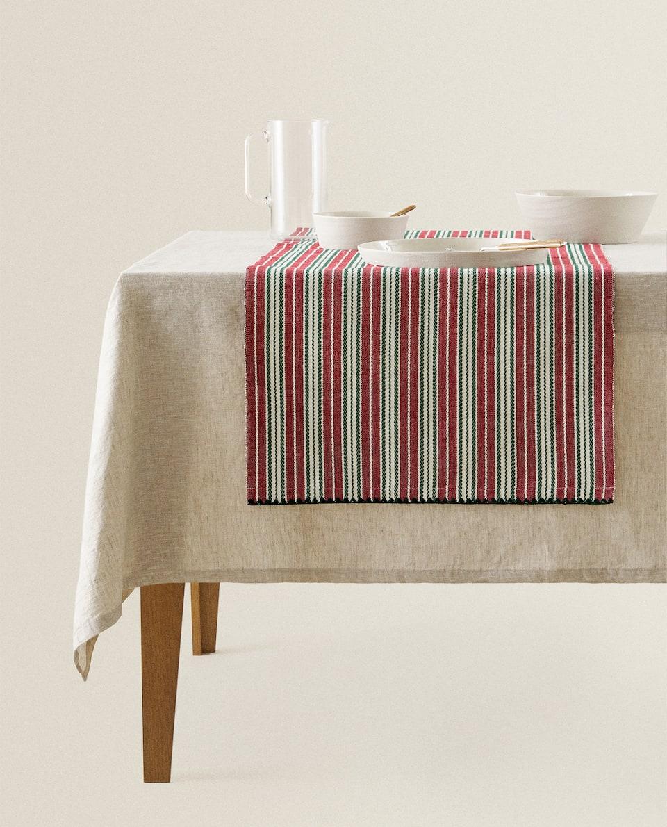 غطاء طاولة ضيق مخطط من القطن