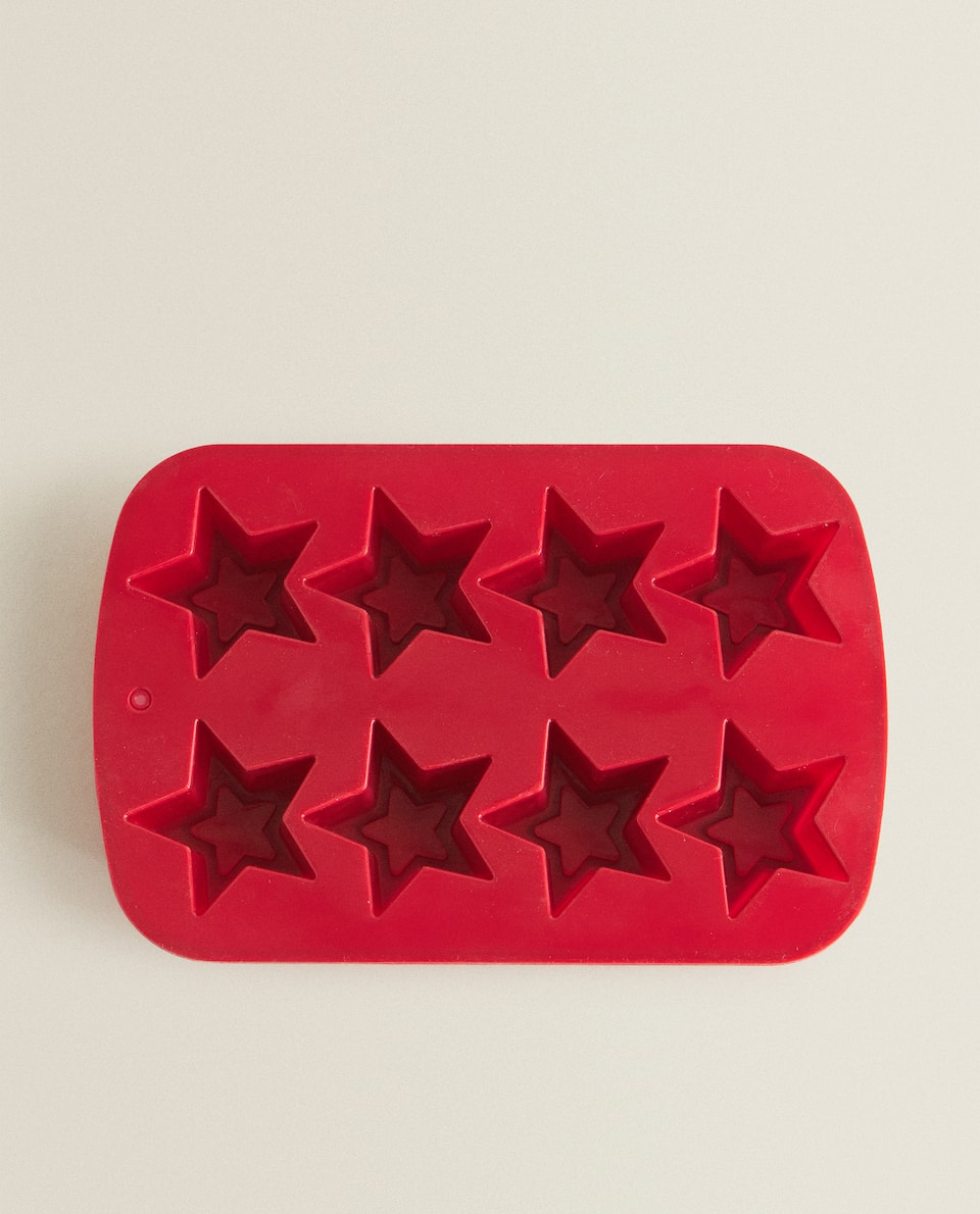 STAR SILICONE BAKING MOULD