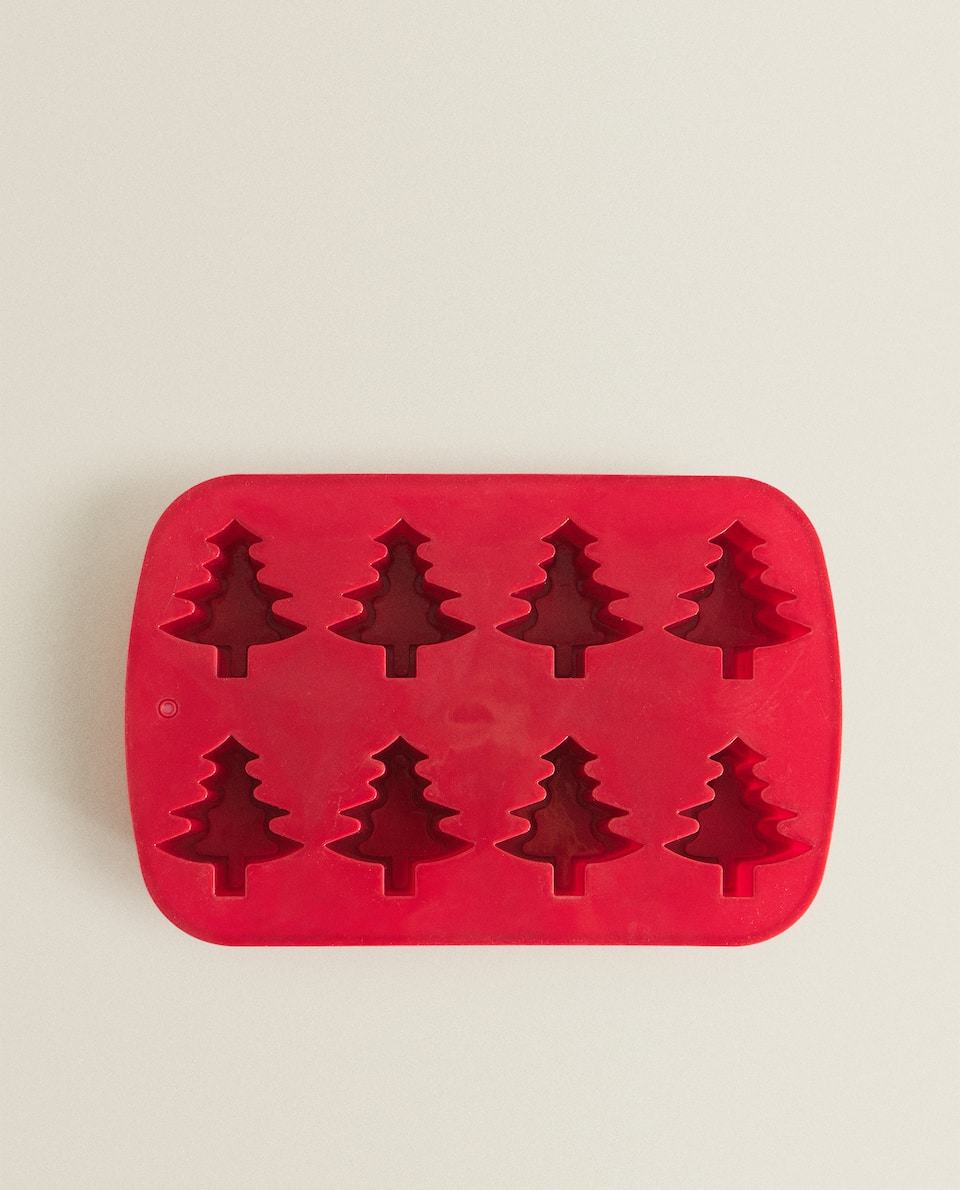 TREE-SHAPED SILICONE BAKING MOULD