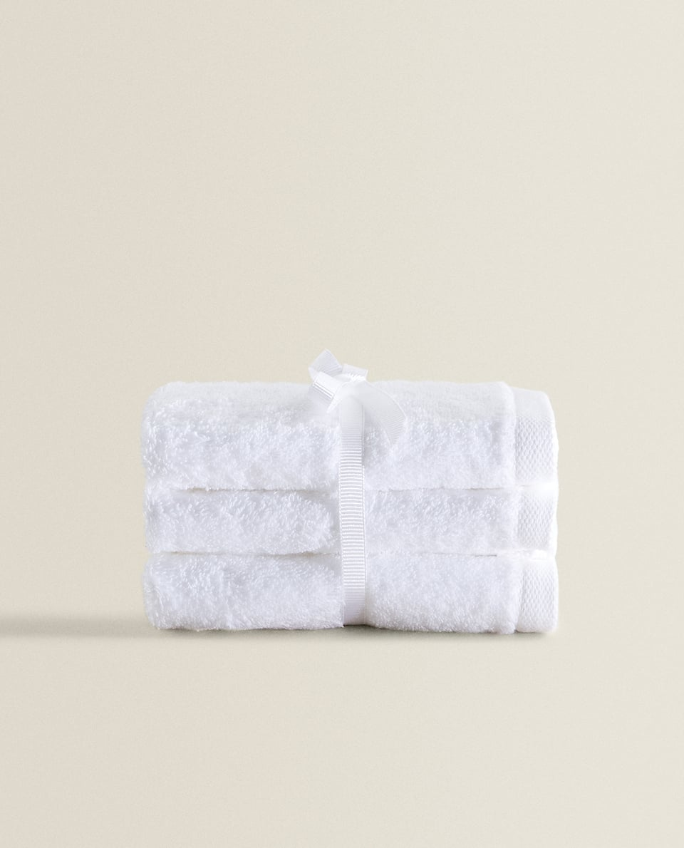 PREMIUM QUALITY COTTON TOWEL (PACK OF 3)
