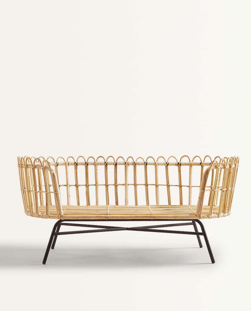 KIDS RATTAN COUCH