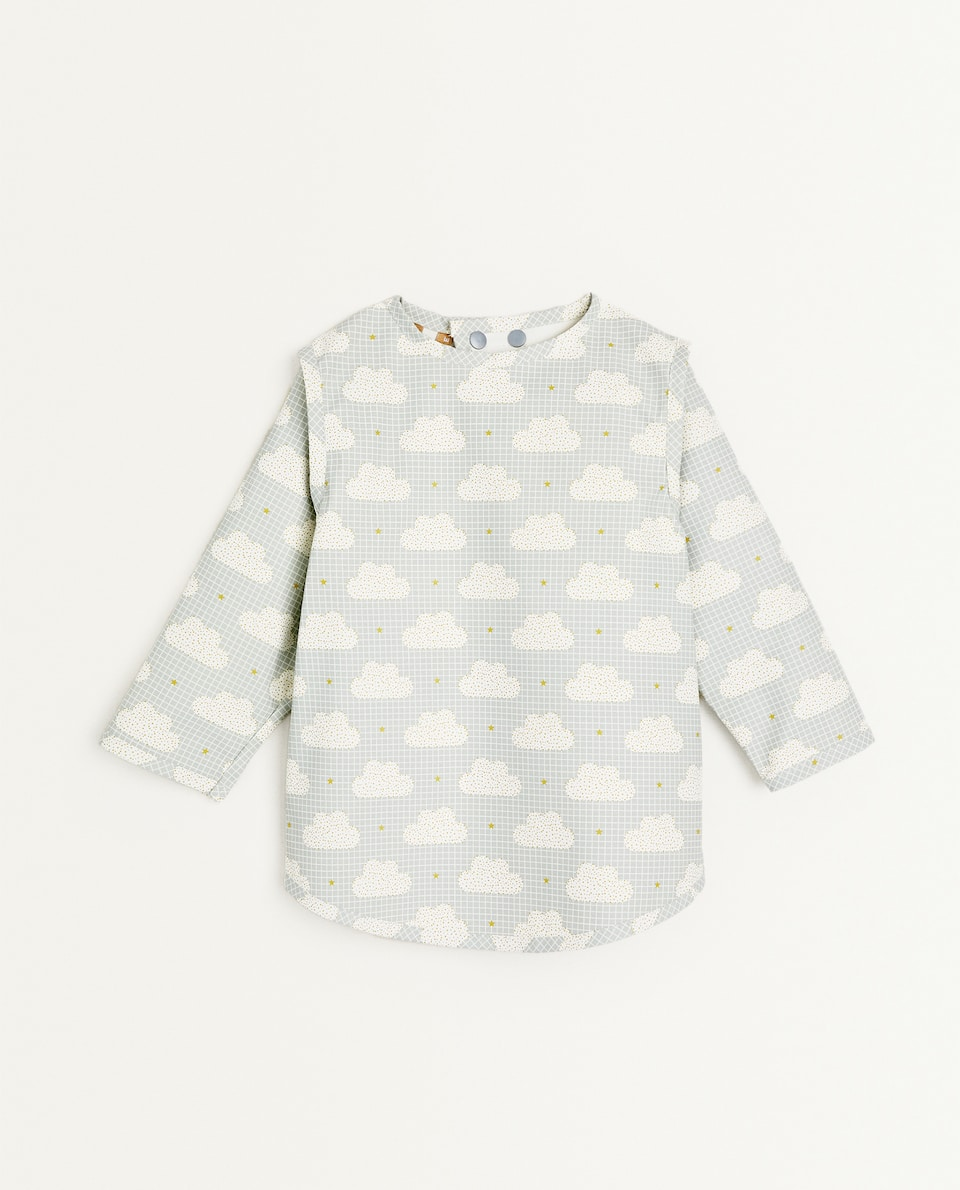 CLOUD PRINT BIB WITH SLEEVES