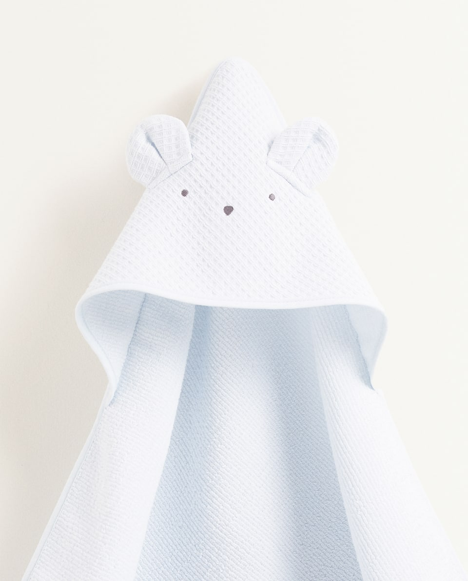 WAFFLE KNIT HOODED TOWEL WITH EARS