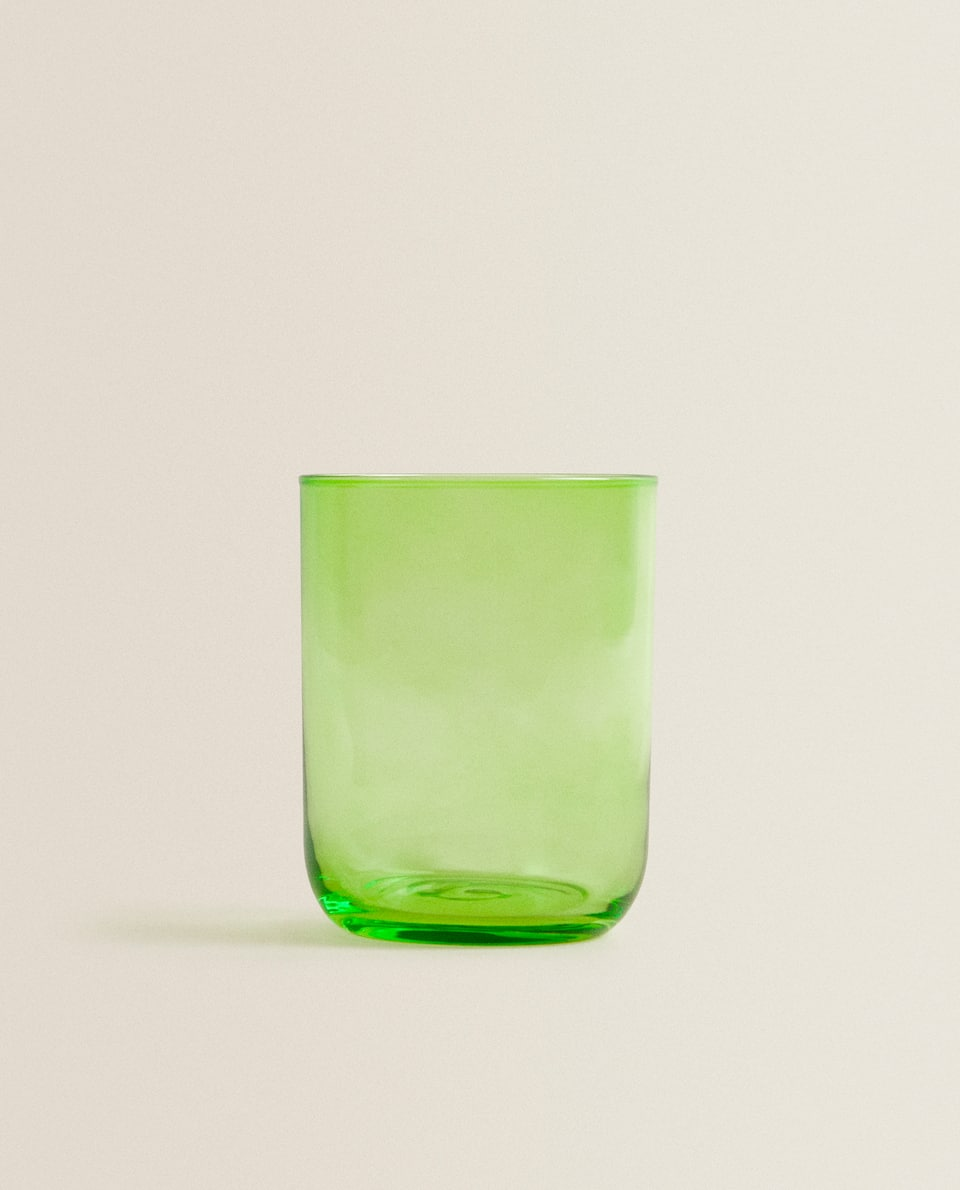 COLOURED GLASS TUMBLER