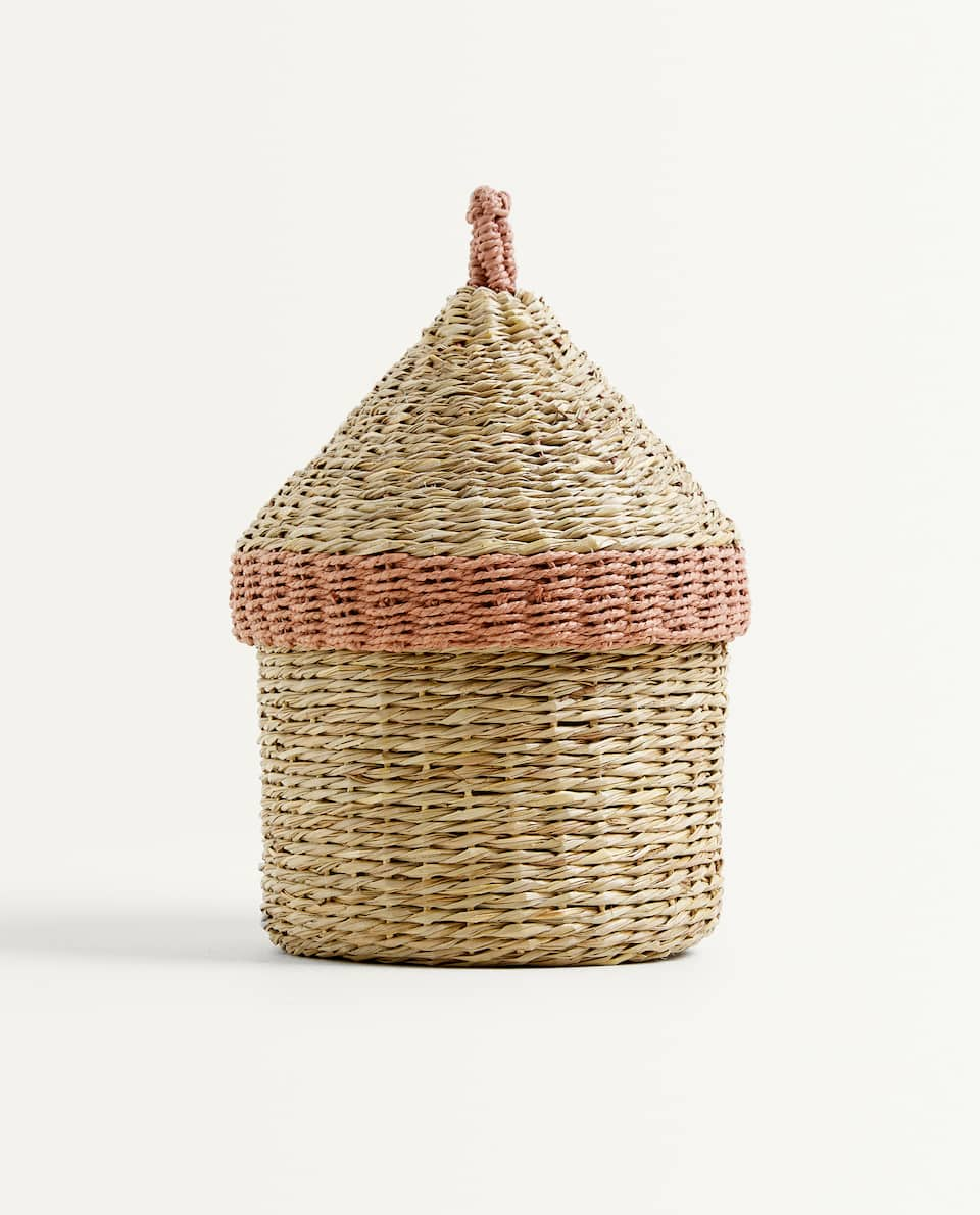 HOUSE-SHAPED BASKET