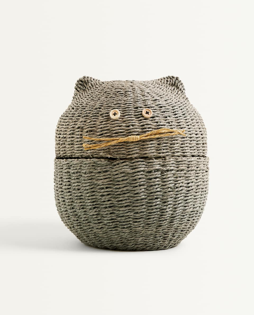 CAT-SHAPED BASKET
