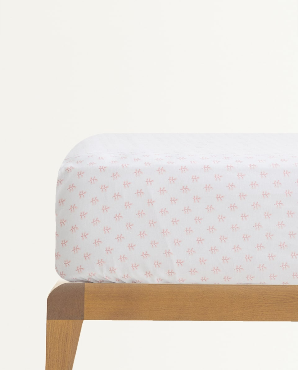 POLKA DOT FITTED SHEET