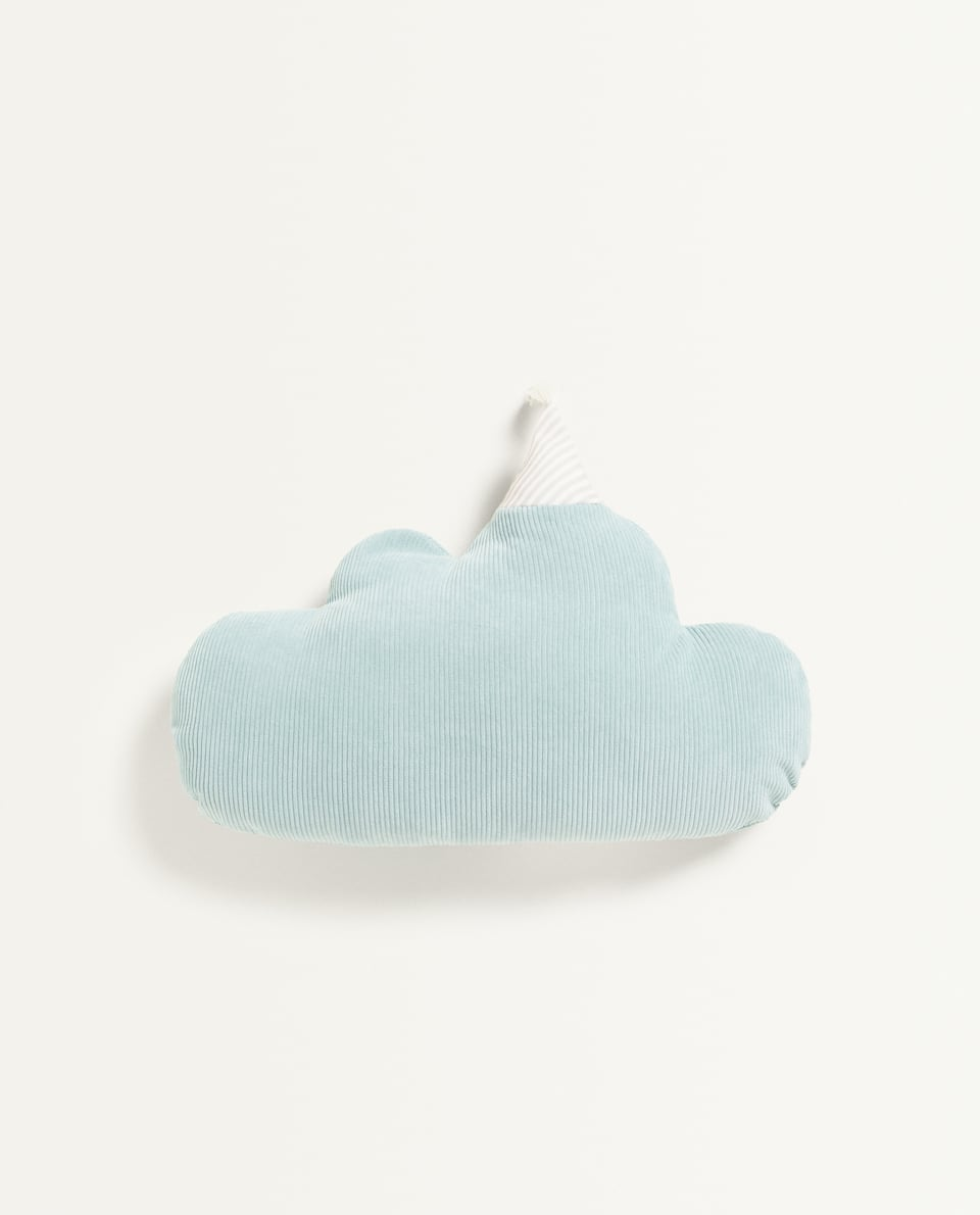 CLOUD CUSHION WITH HAT