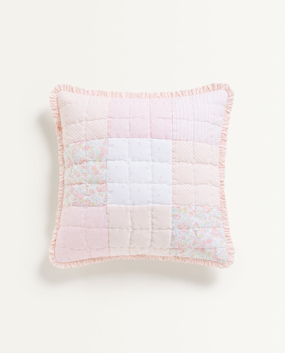PATCHWORK CUSHION COVER WITH RUFFLE TRIM