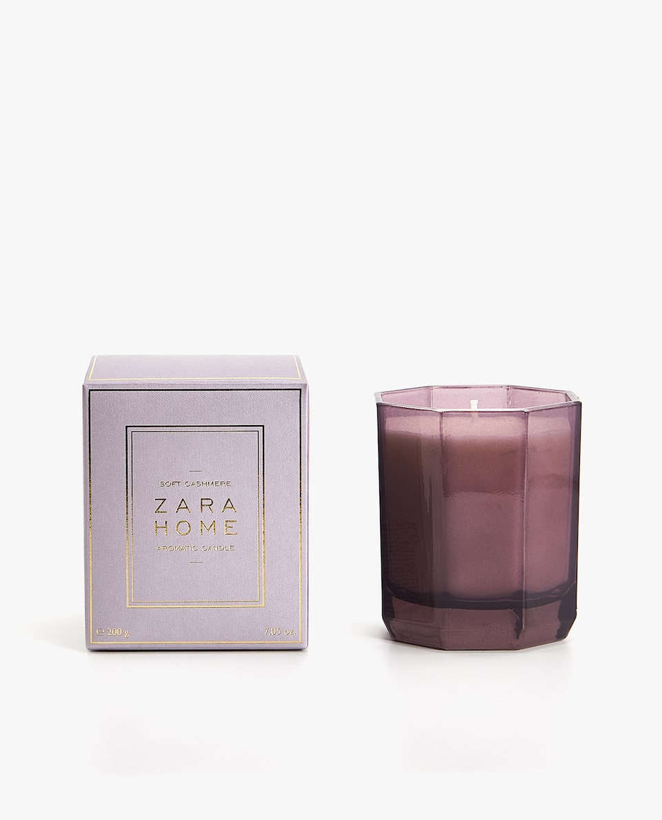 SOFT CASHMERE SCENTED CANDLE