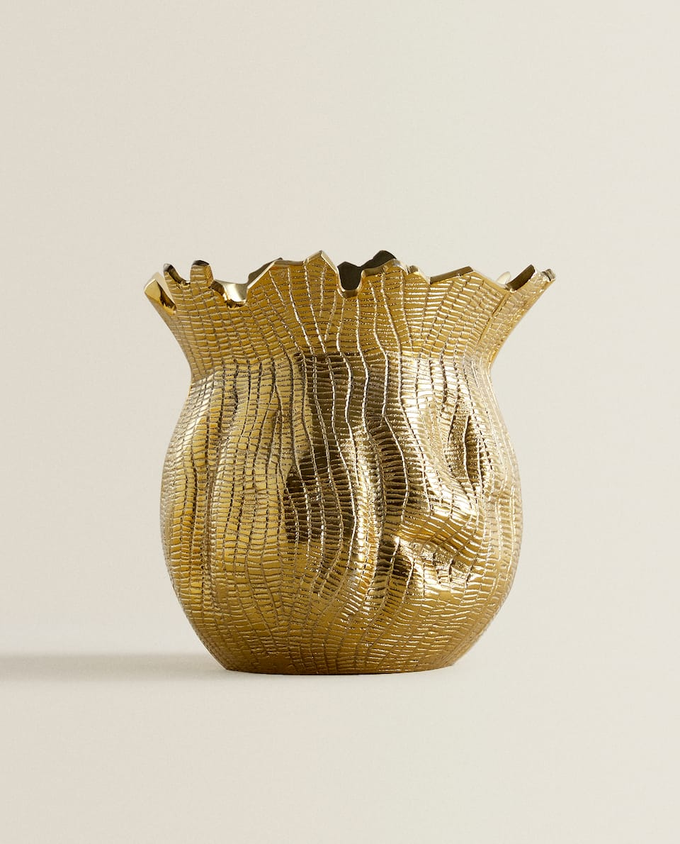 TEXTURED GOLD-TONED VASE