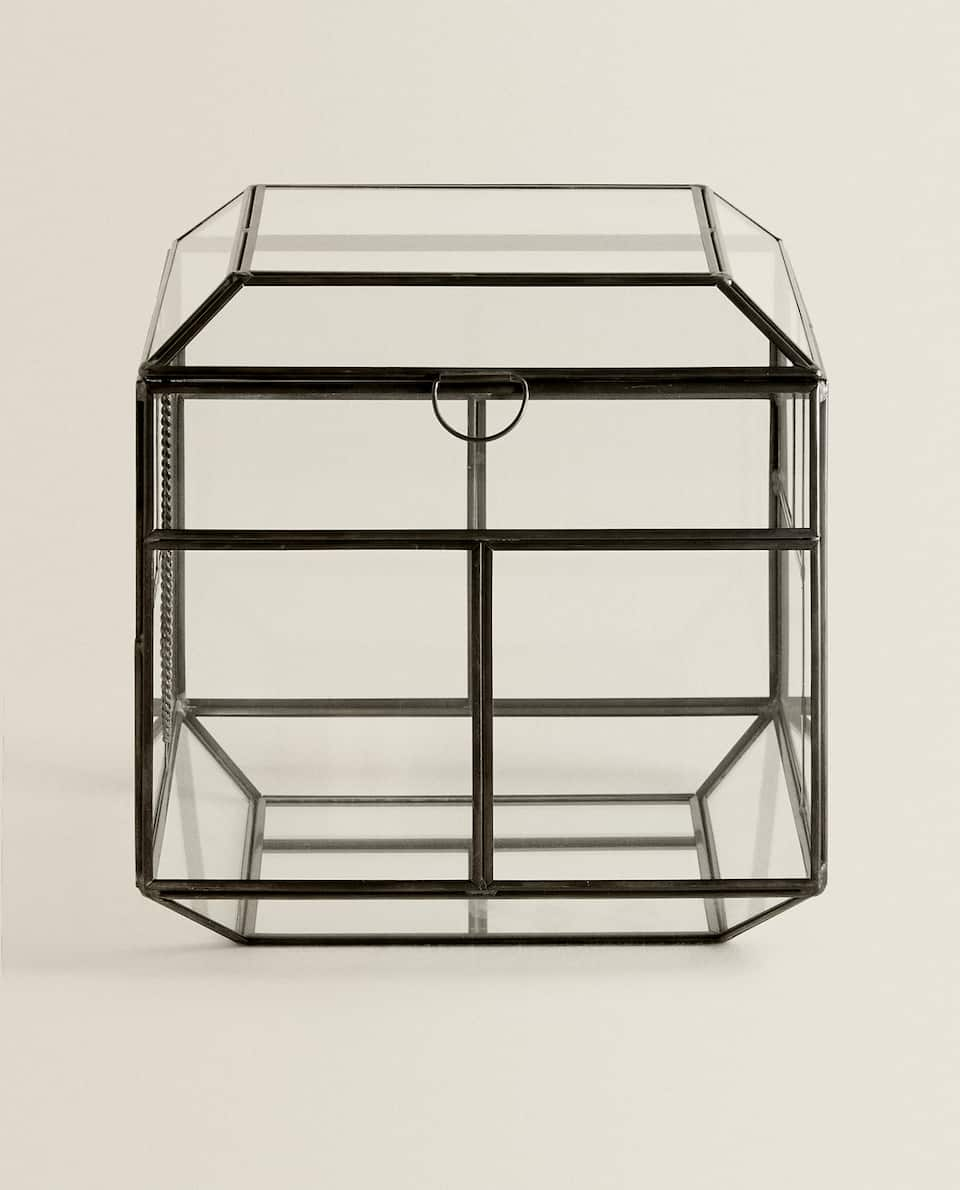 GLASS BOX WITH METAL FRAME
