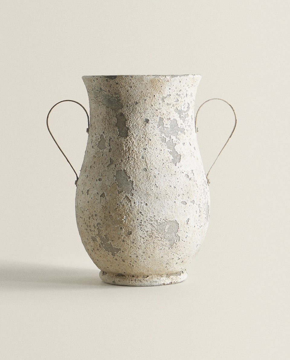 RUSTIC AMPHORA WITH HANDLES