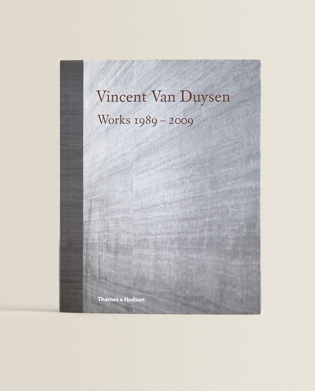 Vincent Van Duysen Book  Decor Accessories   Decoration   Living Room by Zara Home