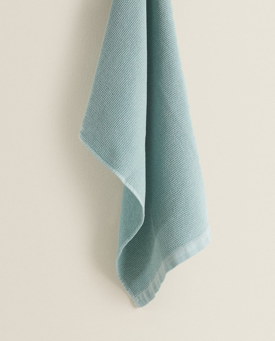 WASHED COTTON WAFFLE-KNIT TEA TOWEL