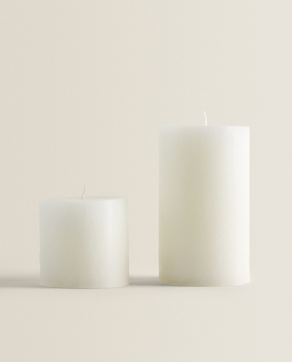 WHITE CYLINDRICAL CANDLE