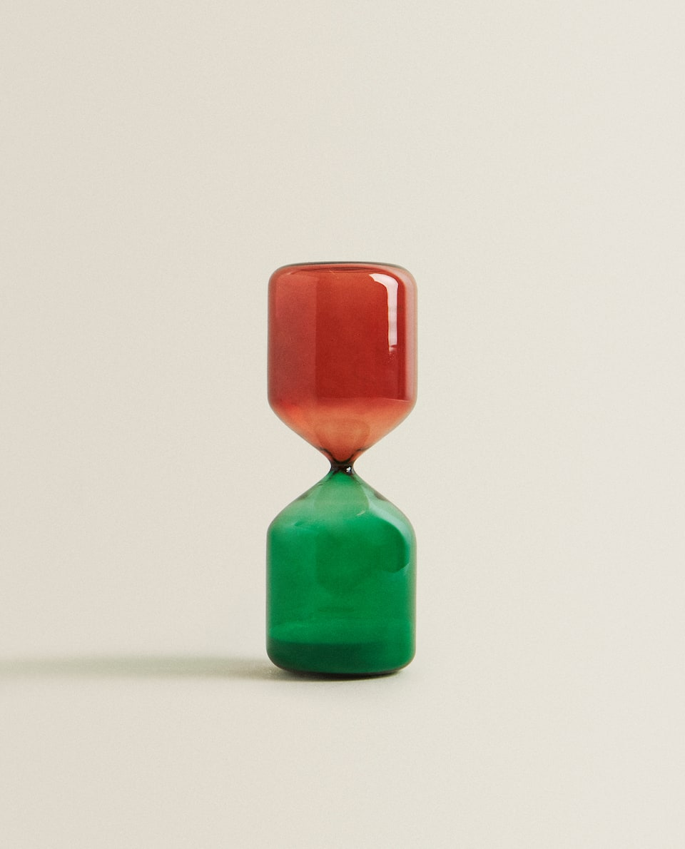 MULTICOLOURED HOURGLASS