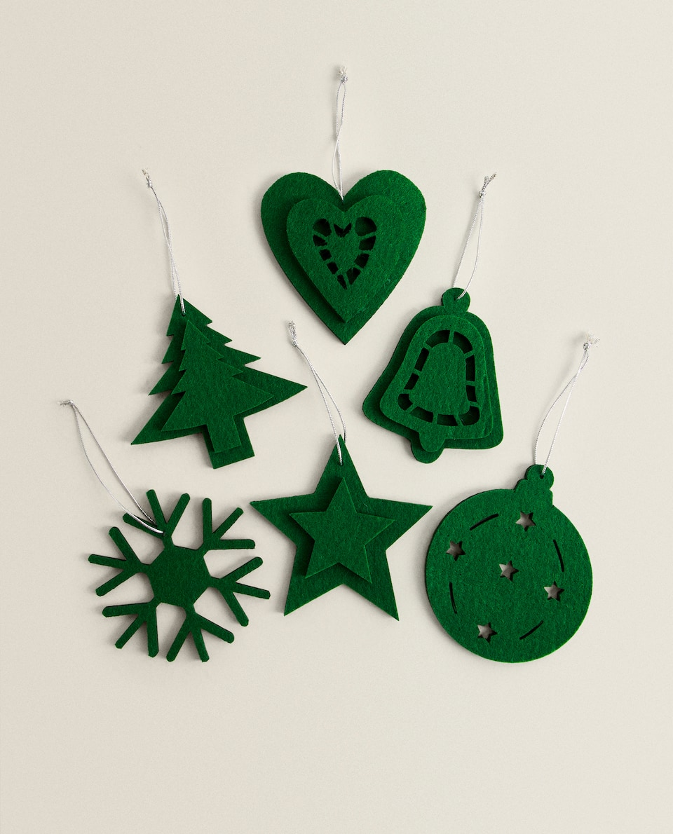 CHRISTMAS DECORATIONS (Pack of 6)