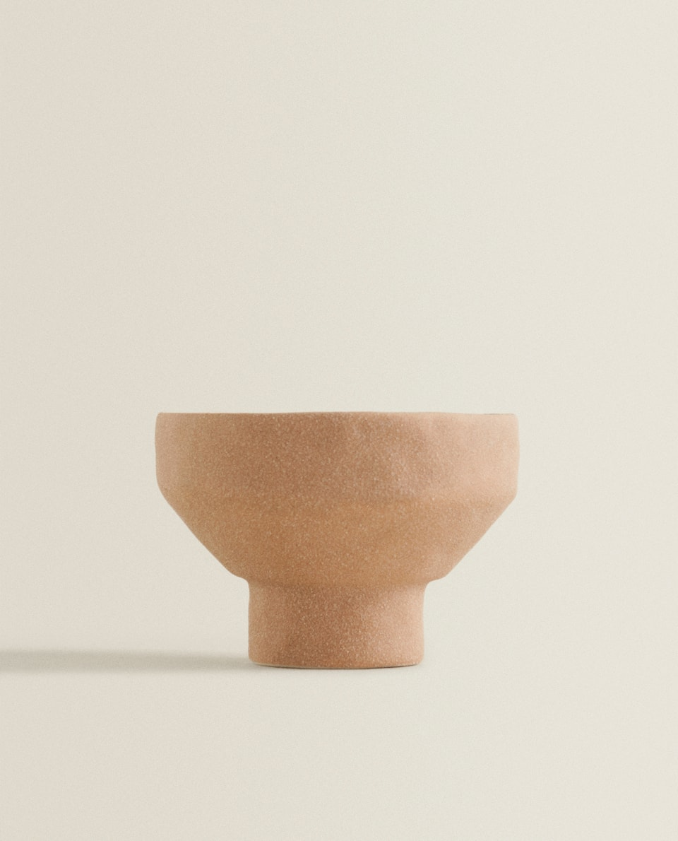 ROUGH-TEXTURED TEALIGHT HOLDER