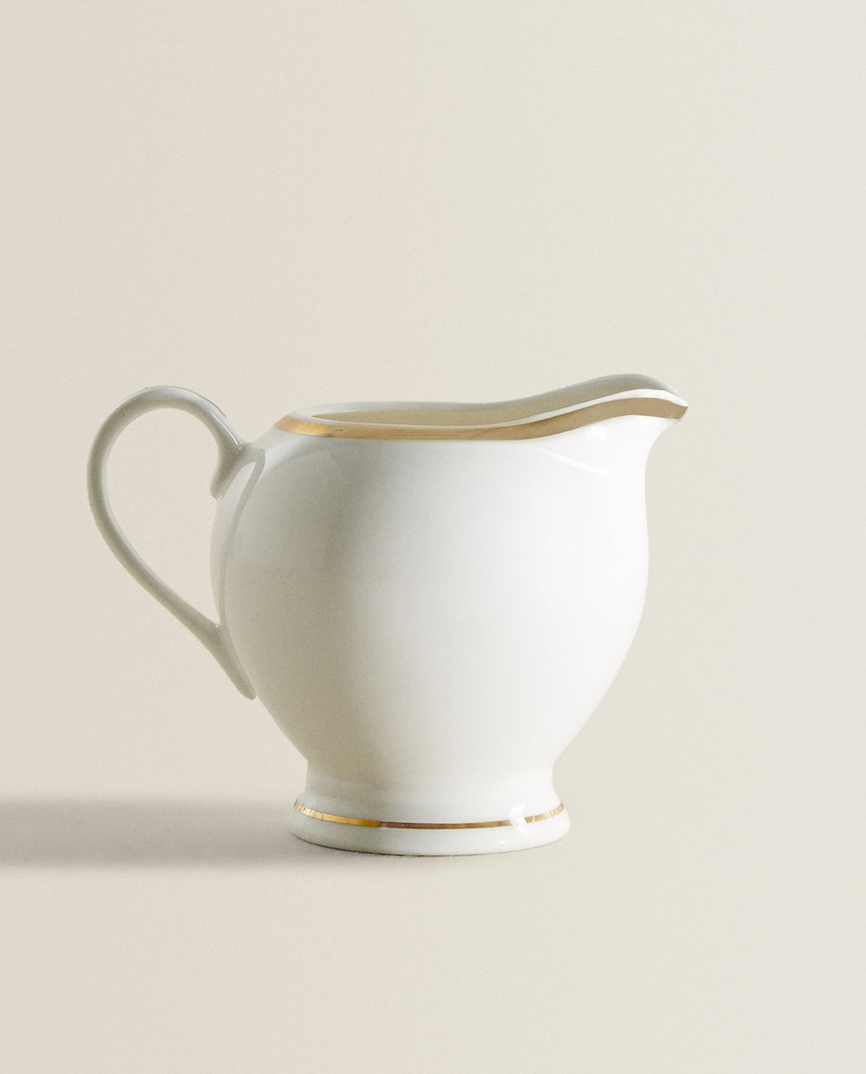 PORCELAIN MILK JUG WITH DESIGN