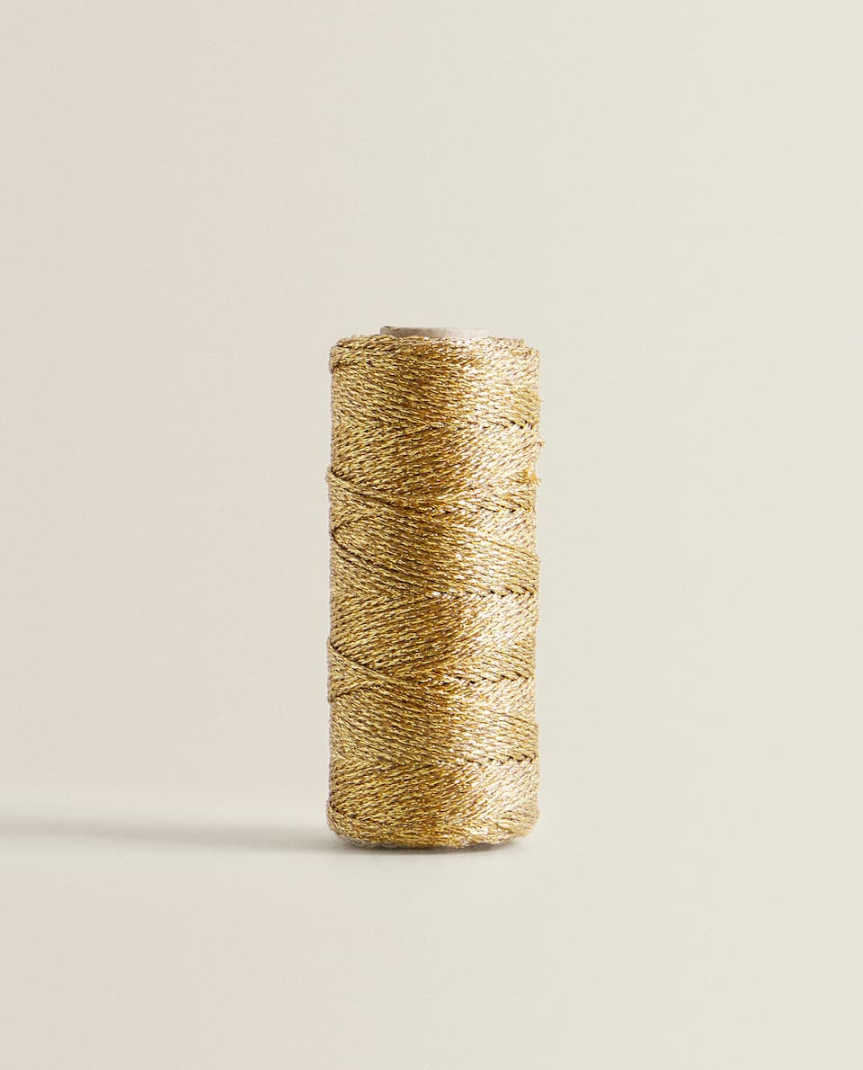 GOLD CHRISTMAS THREAD WITH JUTE
