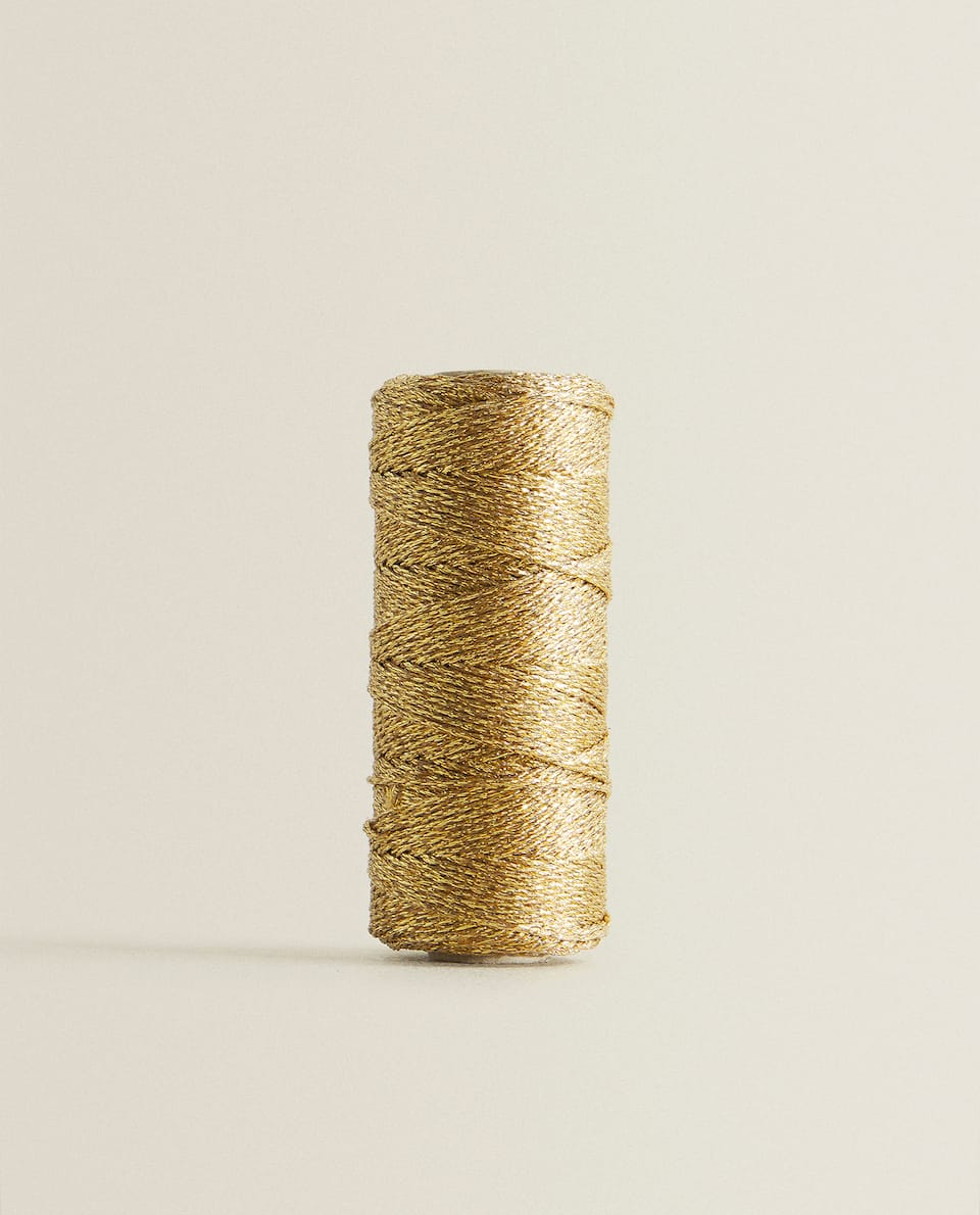 GOLD CHRISTMAS THREAD