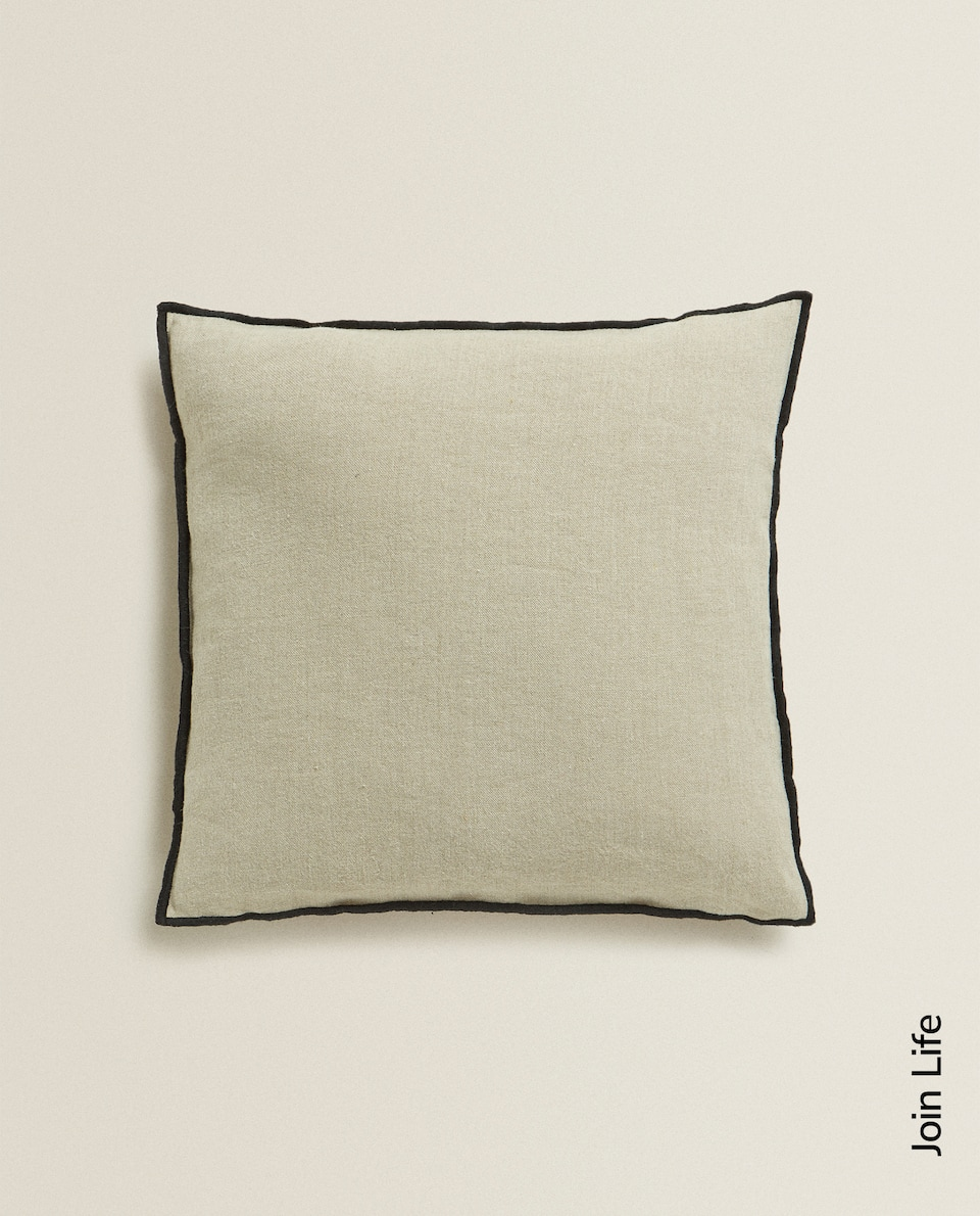 LINEN CUSHION COVER WITH PIPED SEAM