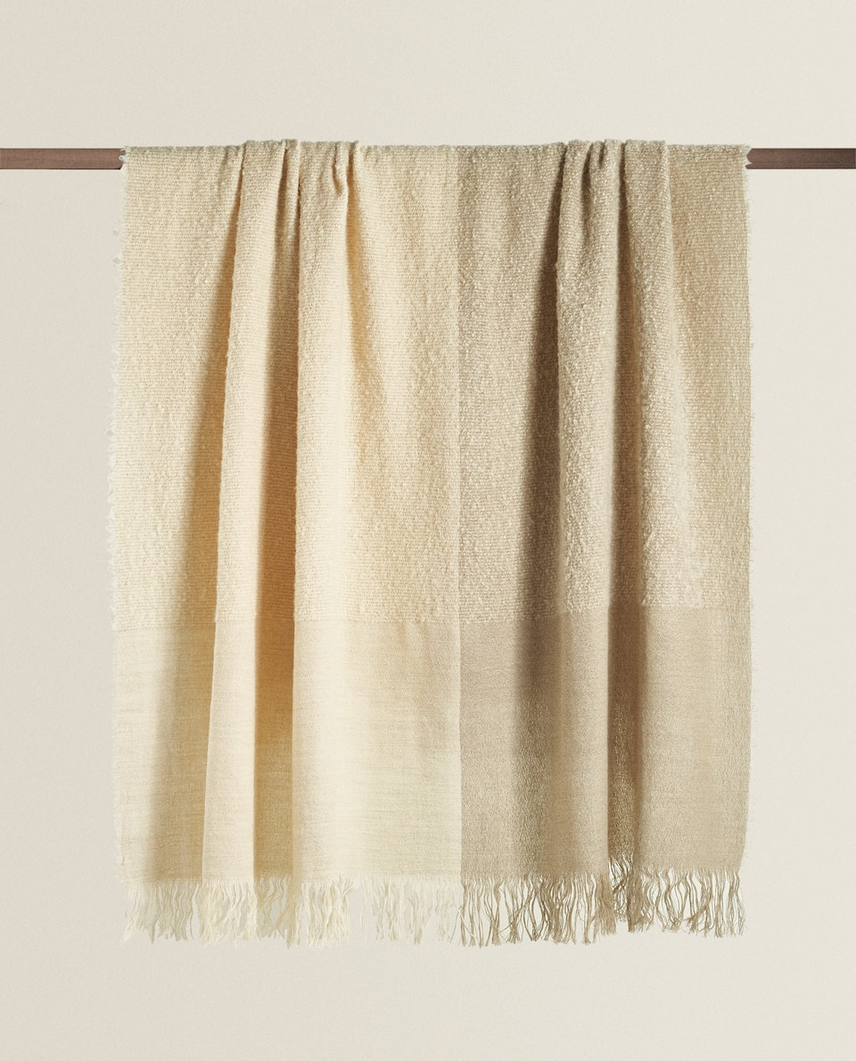 TWO-TONE WOOL AND LINEN BLANKET