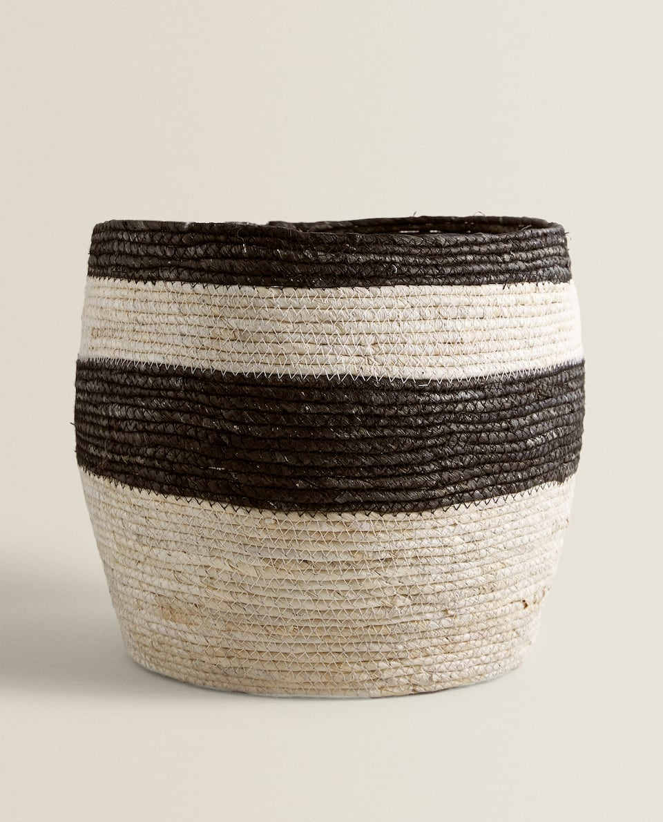 BLACK STRIPE MAIZE BASKET