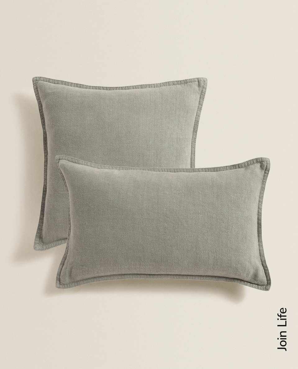 LINEN CUSHION COVER WITH BACKSTITCHING
